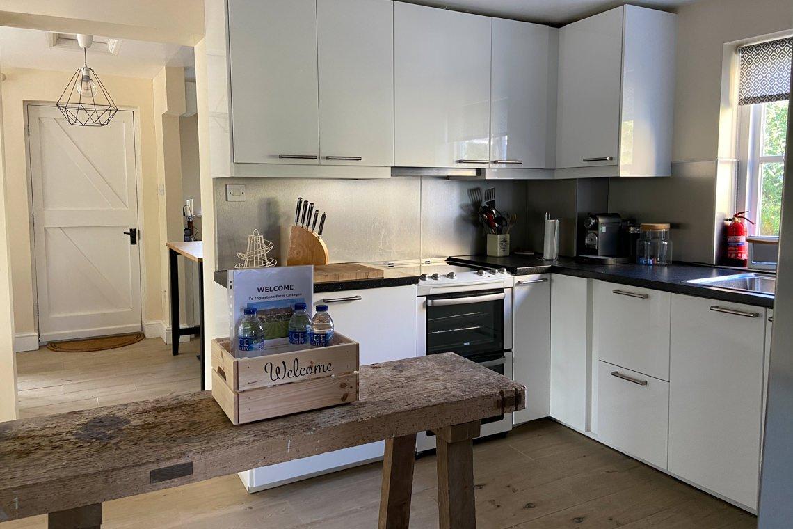 inglestone-farm-ginas-cottage38