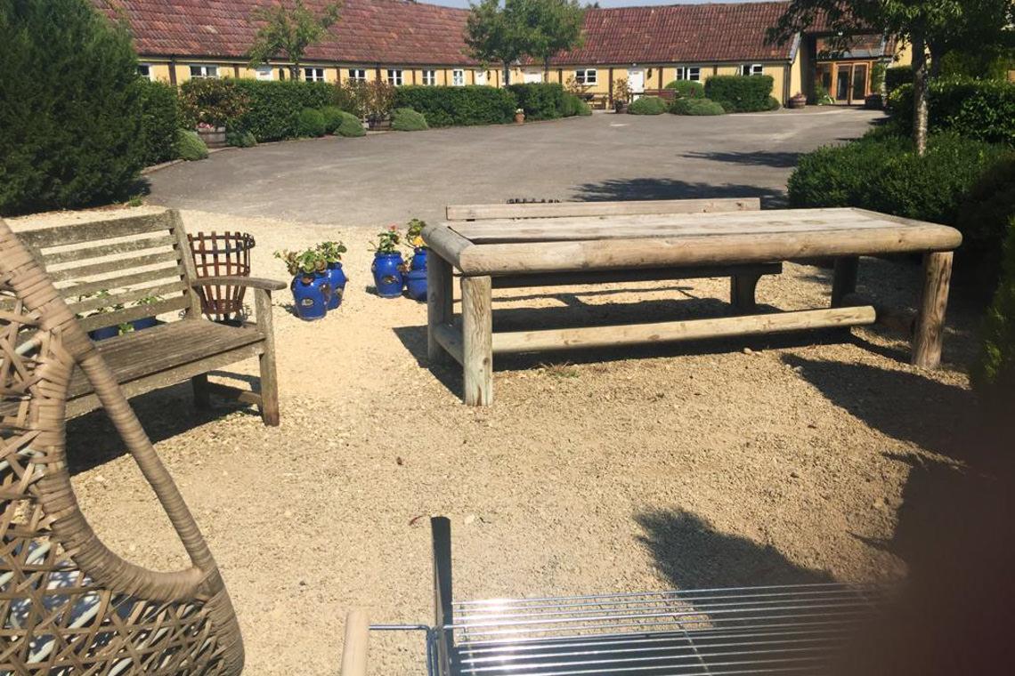 inglestone-farm-grounds10