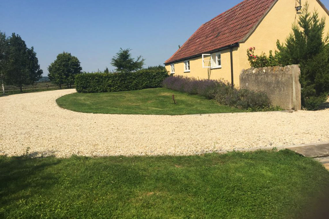 inglestone-farm-grounds11