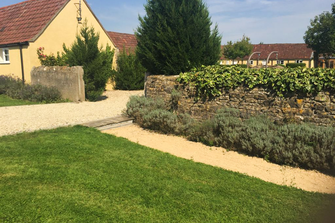 inglestone-farm-grounds12